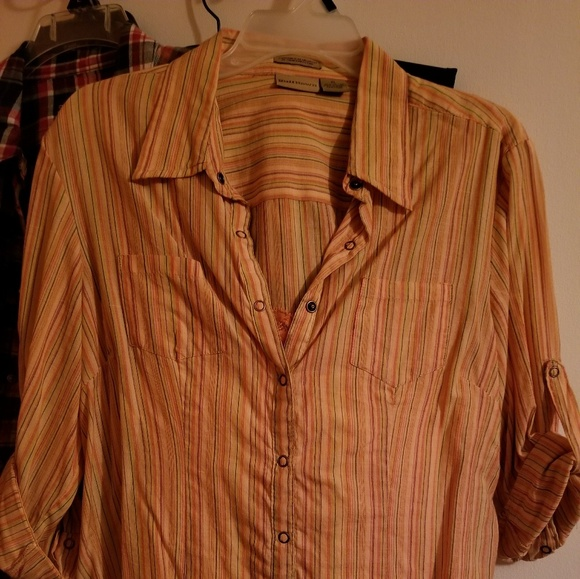 Tops - 2piece button down shirt